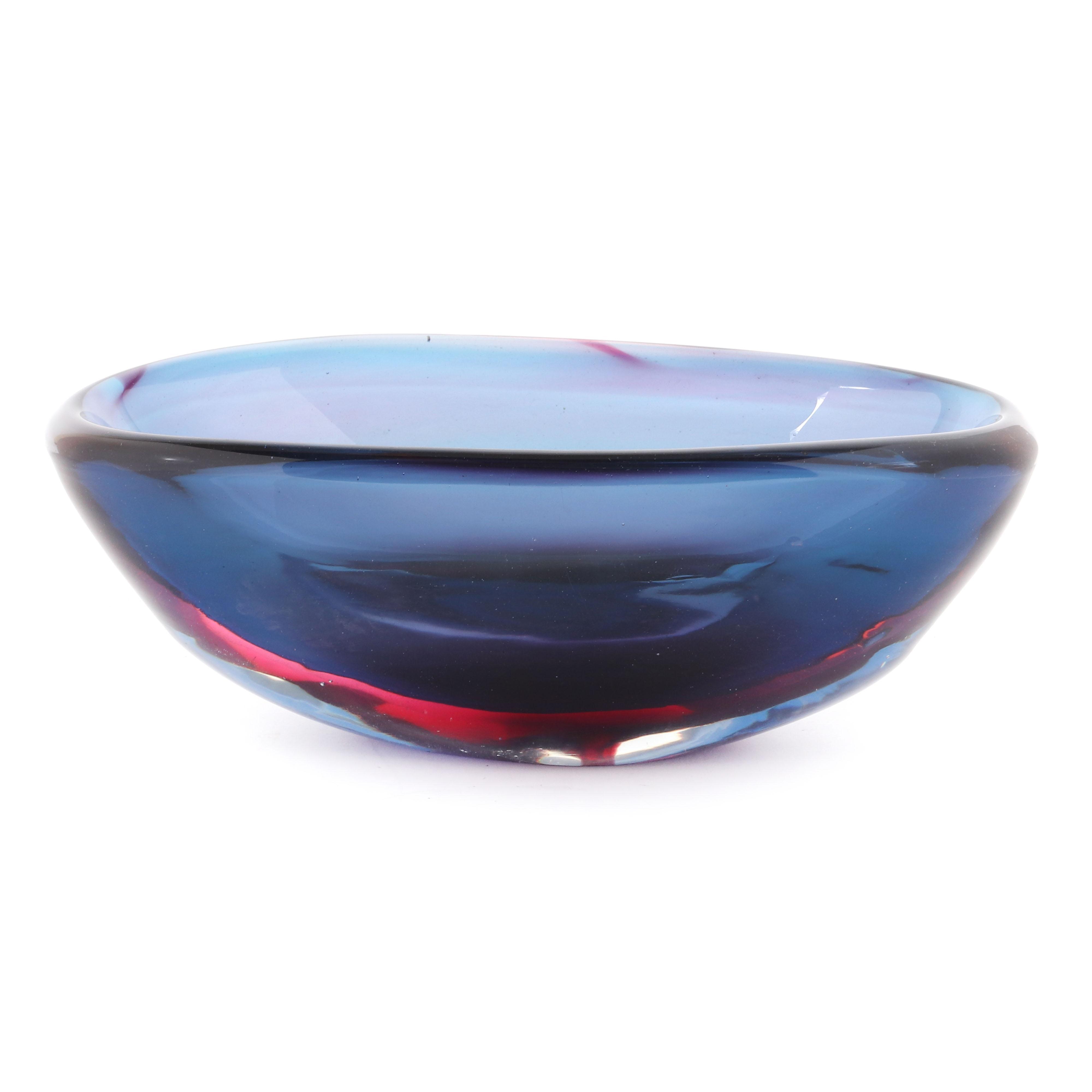 "Flavio Poli Seguso Vetri d'Arte Murano art glass Sommerso bowl. 5""H x 13"" diam"