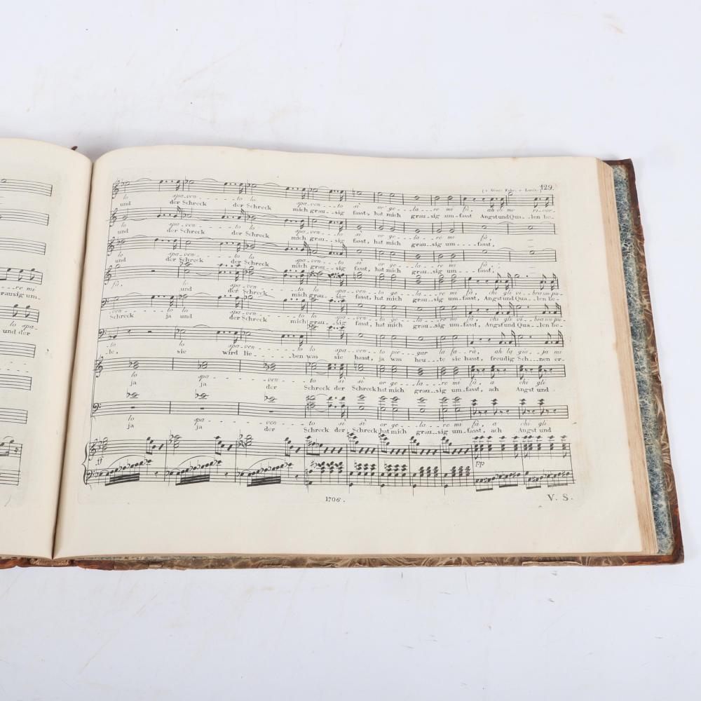 """La Gazza Ladra Melodramma in due Atti, Die diebische Elster von J. Rossini, Vollstandiger Clavierauszug von C. Zulehner Preis Bonn und Coln bei N. Simrock, 1706. 1""""H x 13 1/4""""W x 10""""D"""