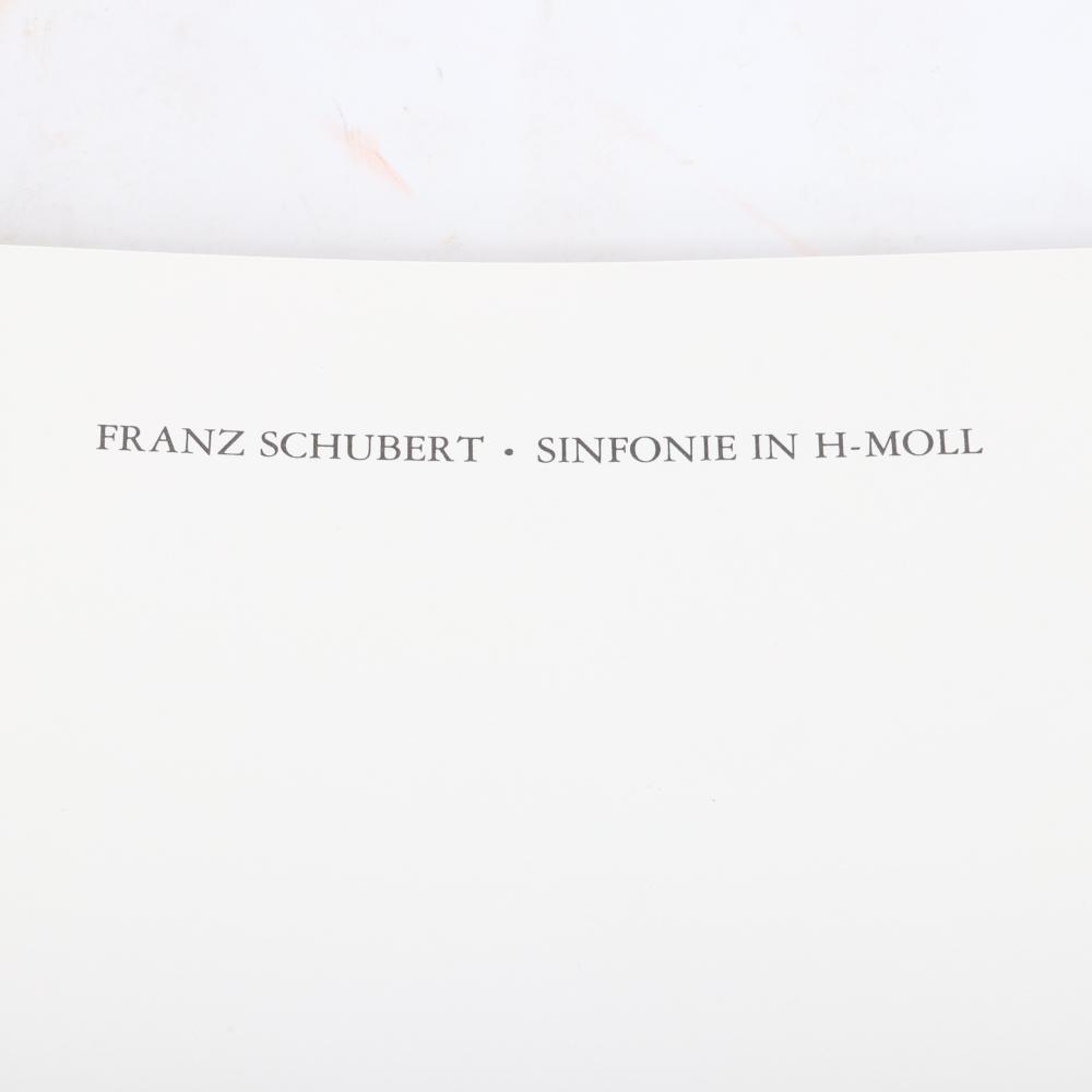 """Franz Schubert Sinfonie in h-moll """"Die Unvollendete"""". Vollständiges Faksimile der autographen Partitur und der Entwürfe. Mit einem Nachwort von Walther Dürr und Christa Landon, 1978. 1""""H x 10 3/4""""W x 14""""D"""