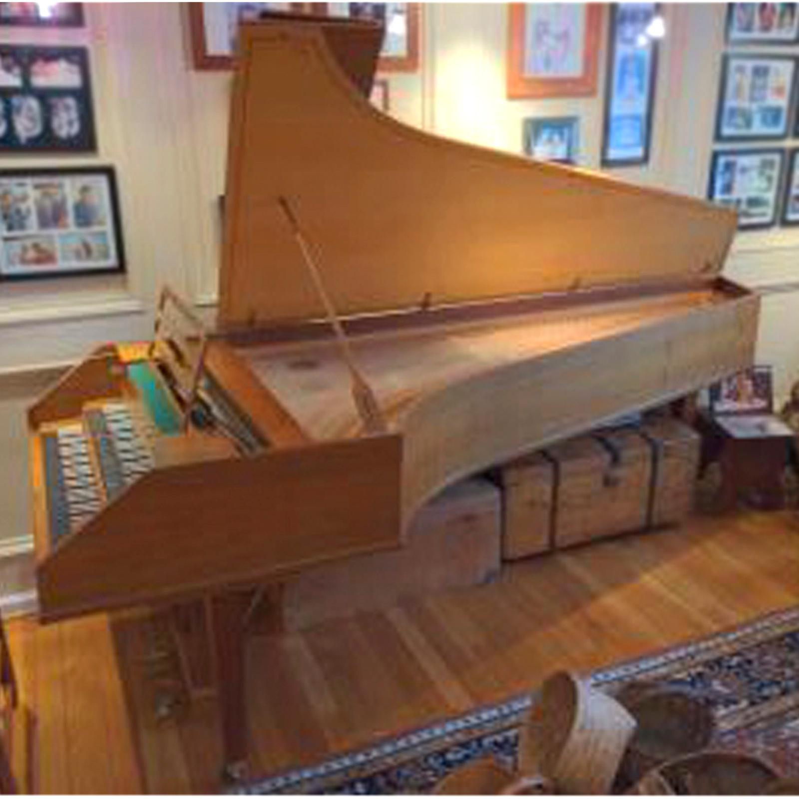 Sperrhake Passau double manual concert harpsichord, walnut case, Made in Germany, ca.1972. Single owner.