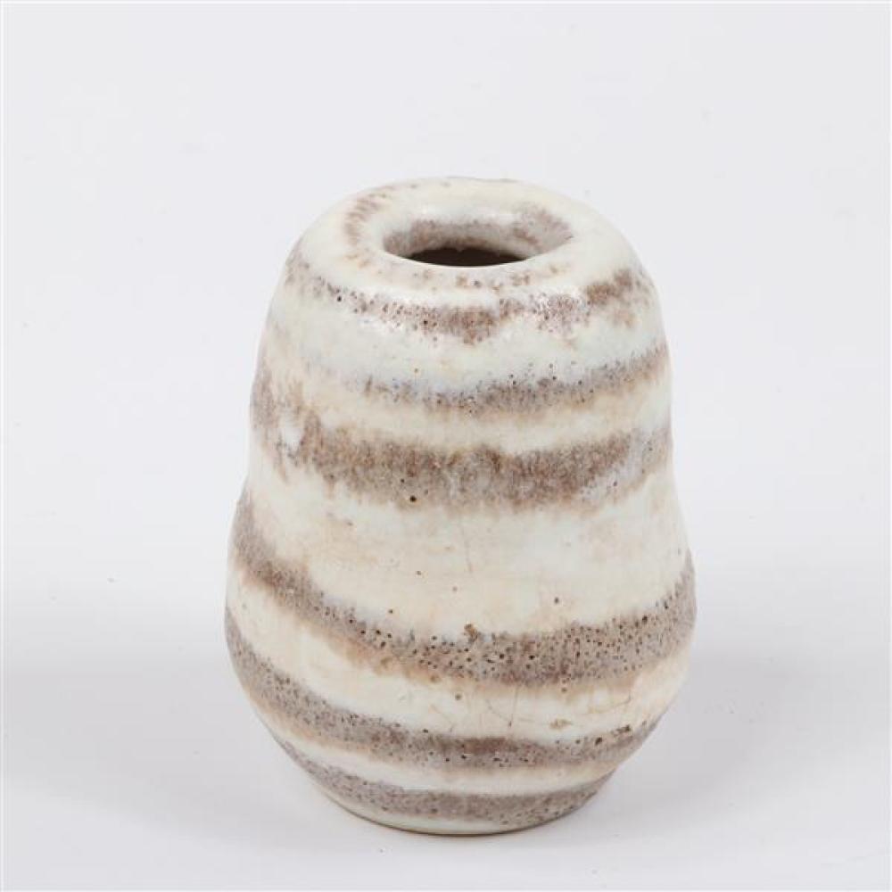 Lucie Rie, (Austria / England, 1902-1995), globular vessel, white striped volcanic glazed stoneware, 3 3/4