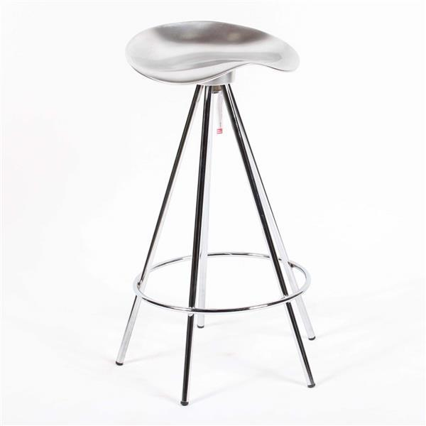 Knoll 'Jamaica' counter / bar stool designed by Pete Cortes.