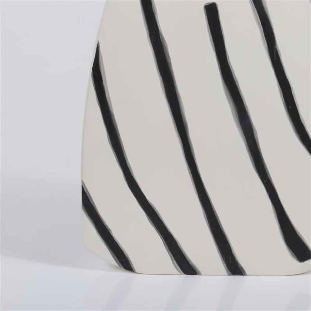 Kose Milano 'Monolite Grande' vase designed by Rosaria Rattin.