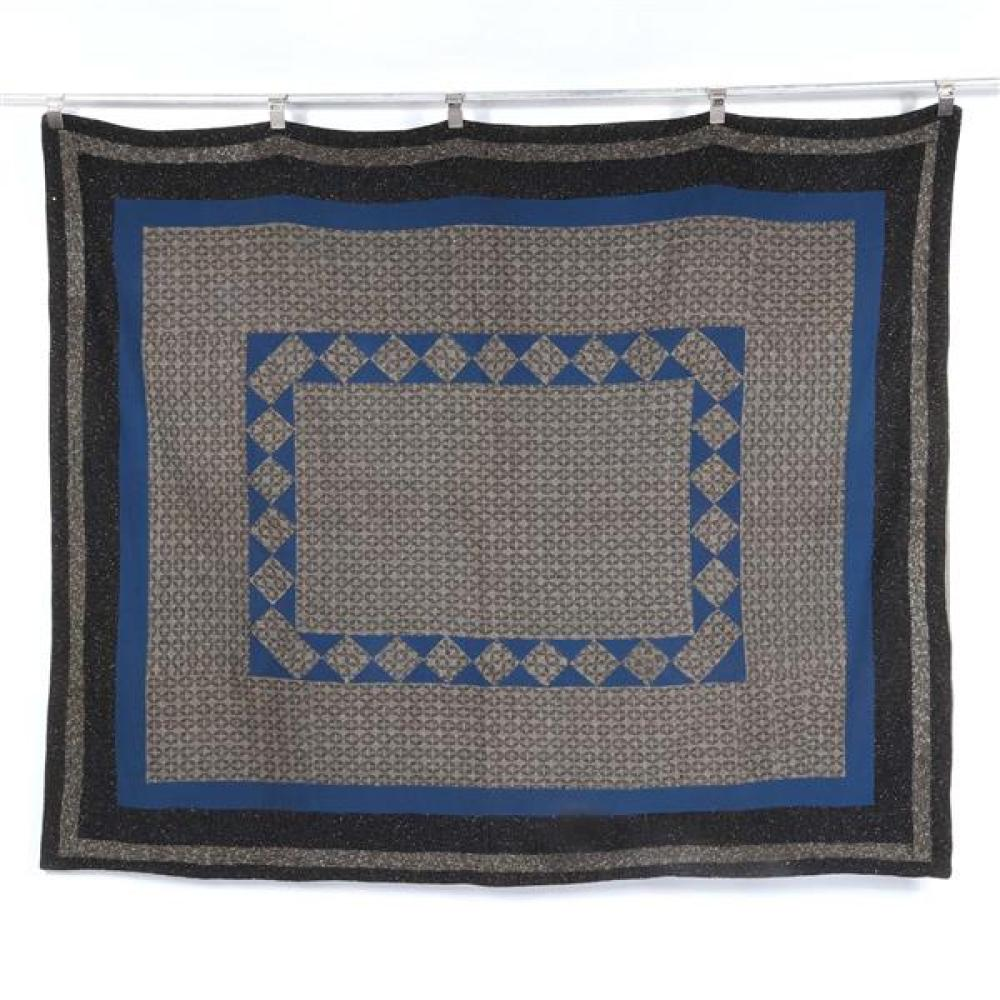 Ohio Amish wool coverlet quilt, early 1900 in blues and grays.