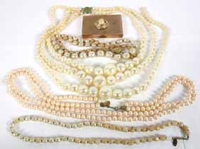 Haskell Baroque Pearl 4 necklaces Carnegie Compact