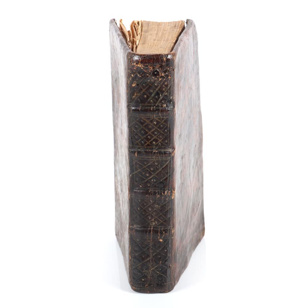 """Antique waxed leather bound book """"O Roslinach, ich Utrzymaniu, Rozmnozeniu, I Zazyciu. Tom. I."""" published in Warsaw, Poland in 1777, with fold out landscaping gardening plans. 1 1/2""""H x 4""""W x 6 3/4""""D"""