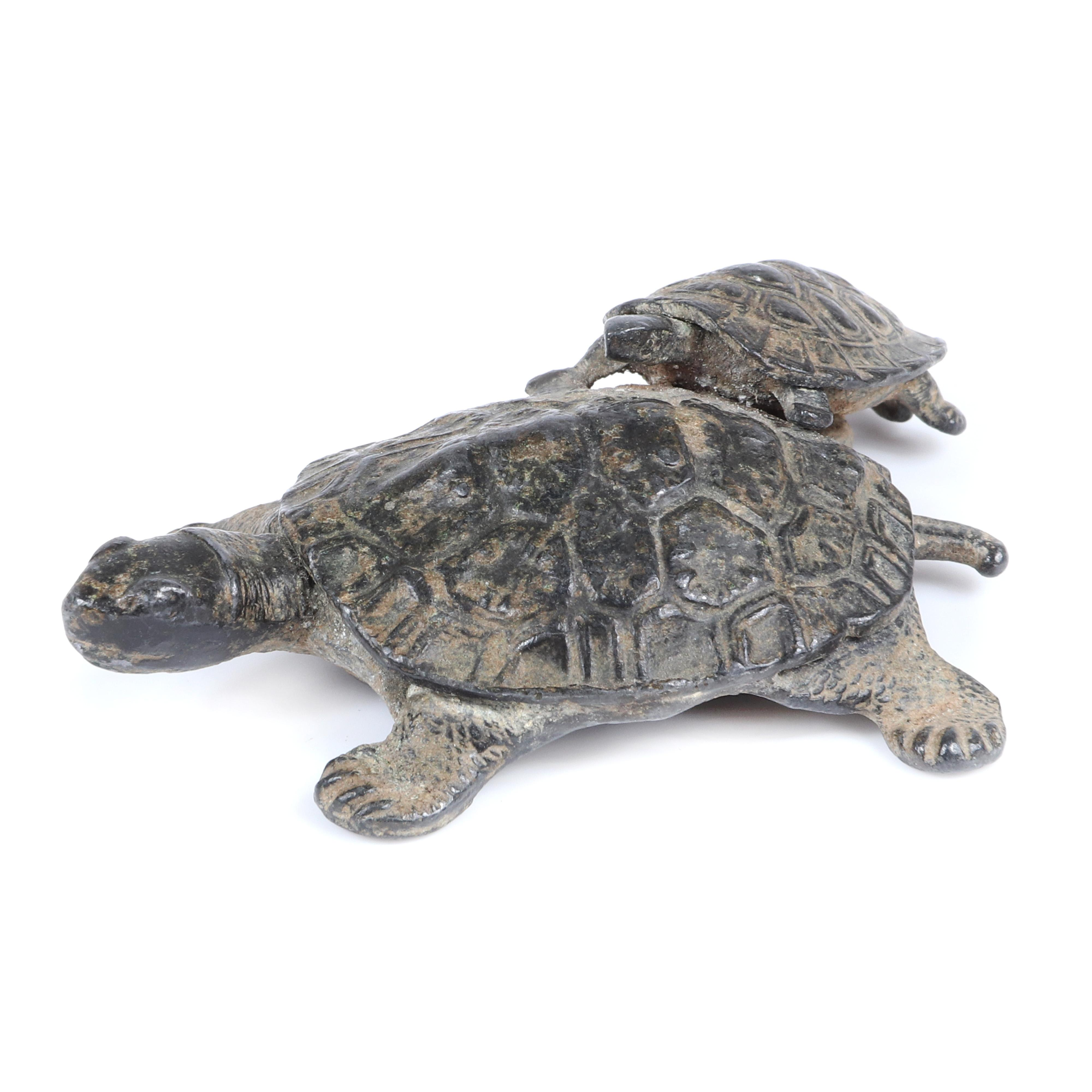 """Japanese Meiji bronze turtle okimono group depicting an adult with offspring. 2 3/4""""H x 2 1/4""""W"""