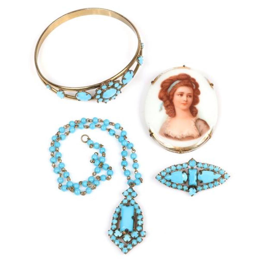 "Vintage 1920s / 1930s costume jewelry; 2""H x 1 3/4""W (brooch)"