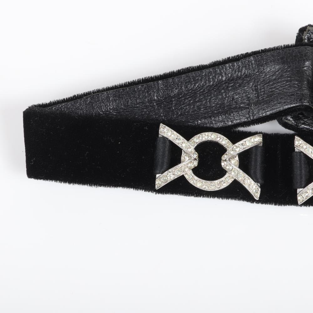 """Eisenberg Ice velvet dog collar necklace with two pave-set circles and V's, fastening in the back, Saks Fifth Avenue 1970s. 17""""L x 1""""W"""