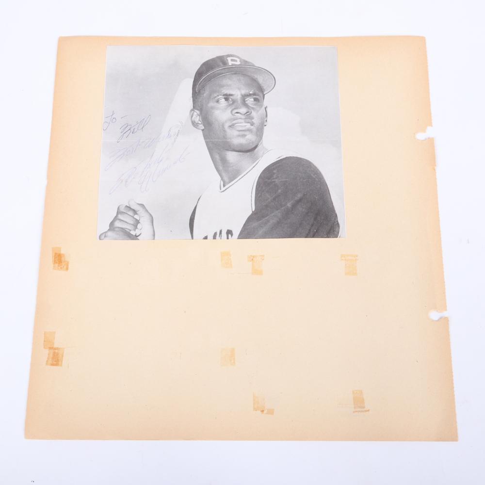 Vintage 1960''s Roberto Clemente Autographed Photo