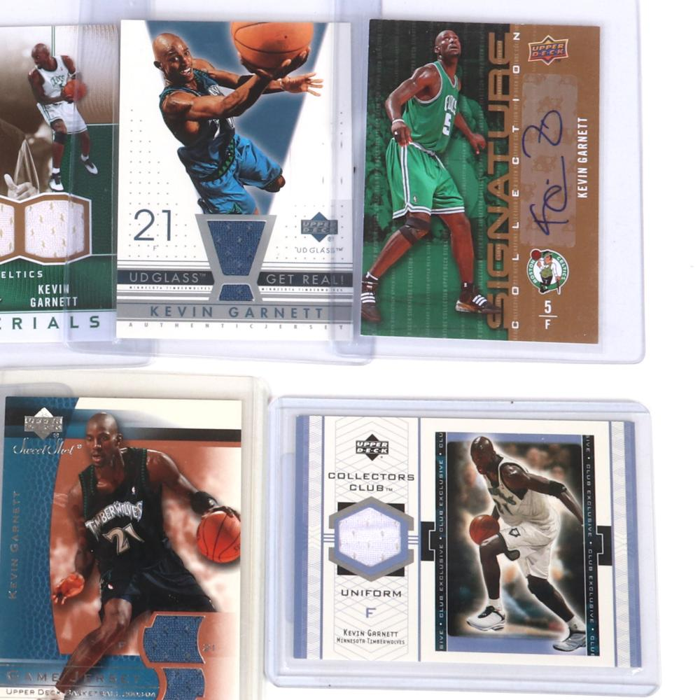 1 Kevin Garnett Autograph Card and 6 Jersey Cards