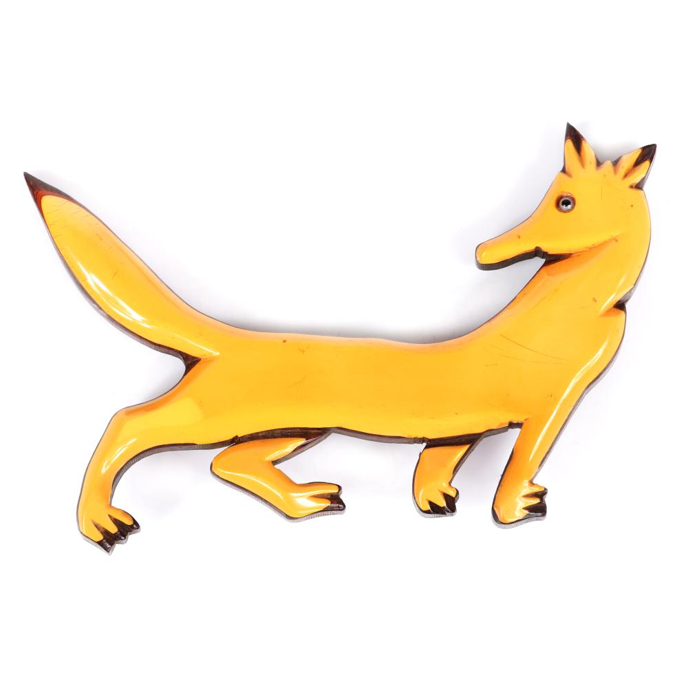 """Vintage laminated and carved custard Bakelite on wood large fox figural animal pin brooch with glass eye. 3""""H x 4 1/4""""W"""