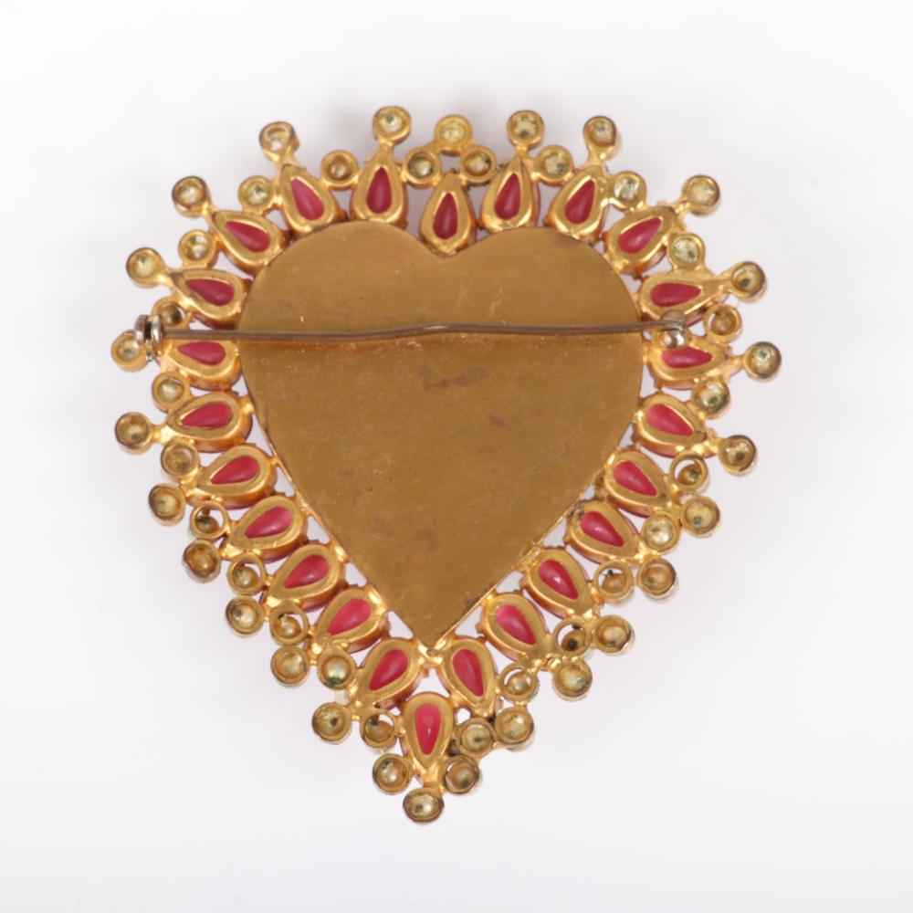 """Coco Chanel 1940s large heart shaped dimensional brooch with black center framed with pink teardrop glass jewels and faux pearls, unsigned. 3""""H x 3""""W"""