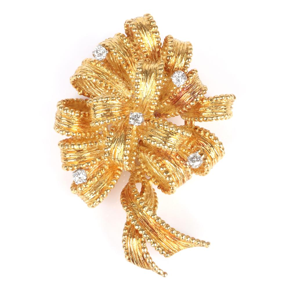 """Vintage Retro 18K yellow gold dimensional bow pin with 5 diamond accents, 1940s. 13.35 dwt, 2""""L"""
