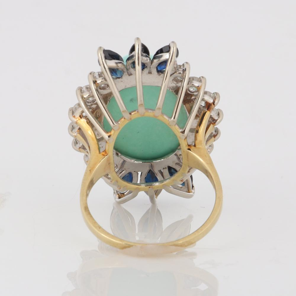 Turquoise, sapphire, and diamond 18K yellow gold ring. Ring size 6 3/4