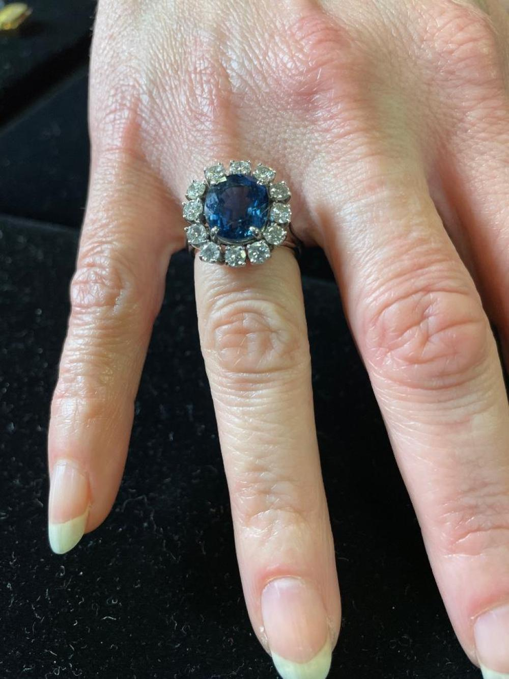 Lady's custom 14K white gold cushion cut sapphire and diamond halo ring RIng size 5 1/2. 4.88 dwt.