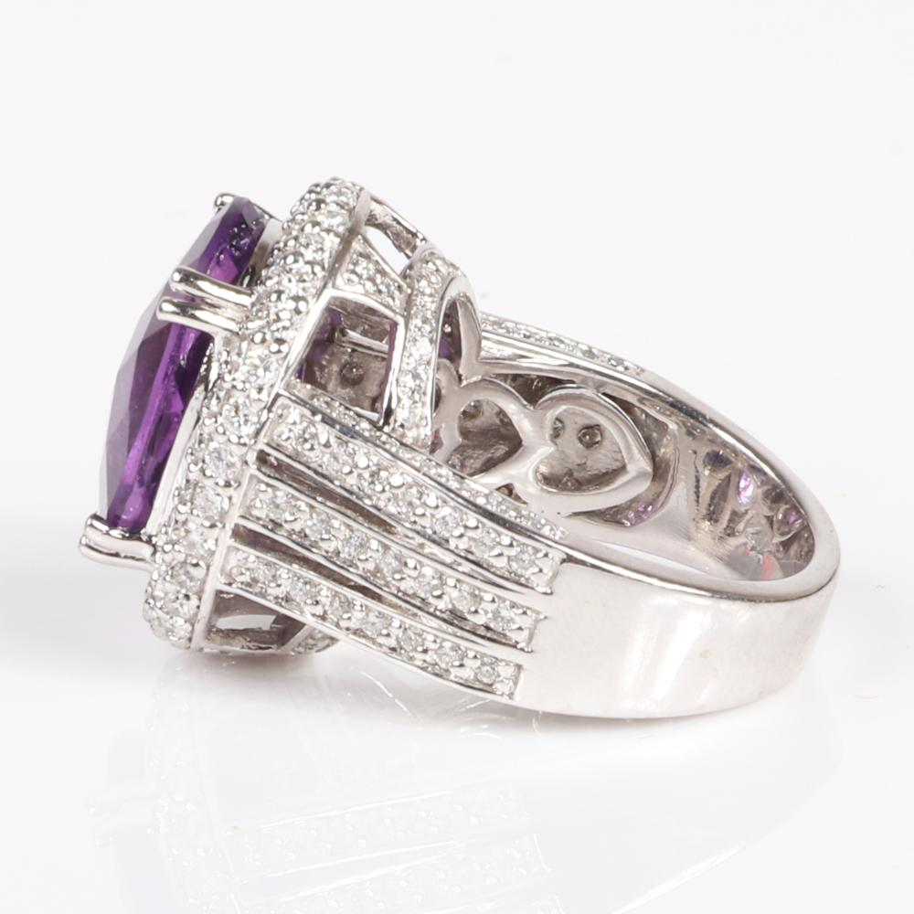 Amethyst and diamond 14K white gold cocktail ring. Ring size 6 1/4