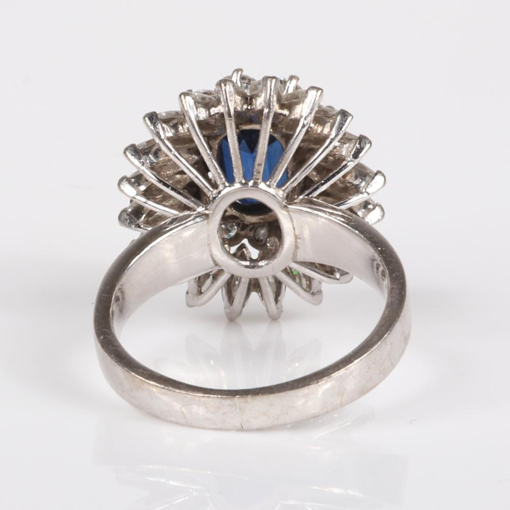 Sapphire and diamond 14K white gold ring. Ring size 6 3/4