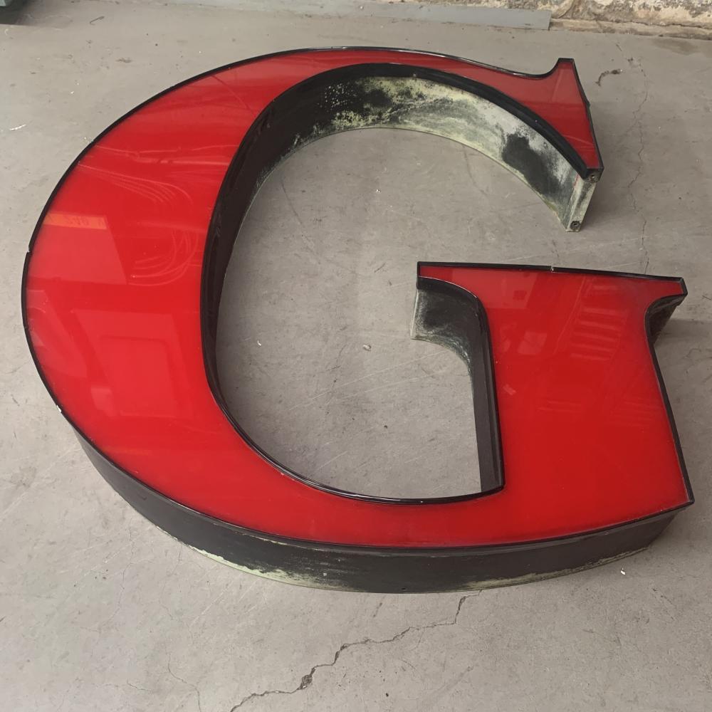 """Guinness Pylon Sign Letters """"G"""""""