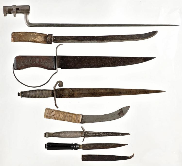 One Socket Bayonet with Six Knives