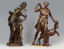 Eugène AIZELIN Diane chasseresse groupe en bronze à patine brune et dorée (quelques usures), sur l'arrière de la terrasse : E. AIZ...