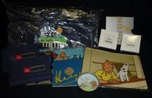 HERGE (Hergé) - Tintin - Ensemble de produits dérivés dont porte feuilles..