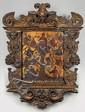 Louanges de la très Sainte Mère de Dieu La Vierge est représentée assise avec l'Enfant Jésus. Son trône se trouve sur le sommet d'un arbre dont les branches courbes et feuillues entourent les douze prophètes. Ils offrent à Marie leurs mystérieux