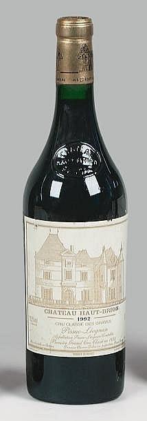 1 bouteille CH. HAUT-BRION, 1° cru Pessac-Léognan  1992