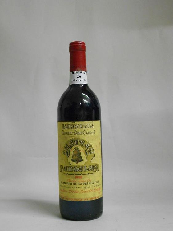 1 bouteille  CH. ANGELUS, 1° Grand Cru St-Emilion  1985  (els)