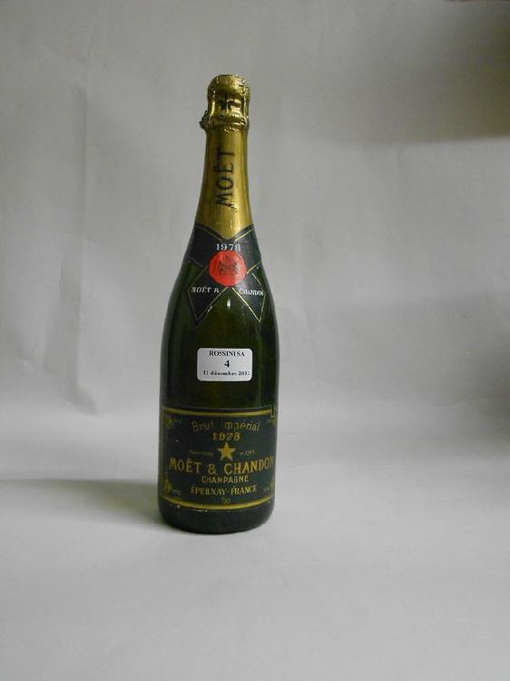 1 bouteille CHAMPAGNE Moët & Chandon  1978
