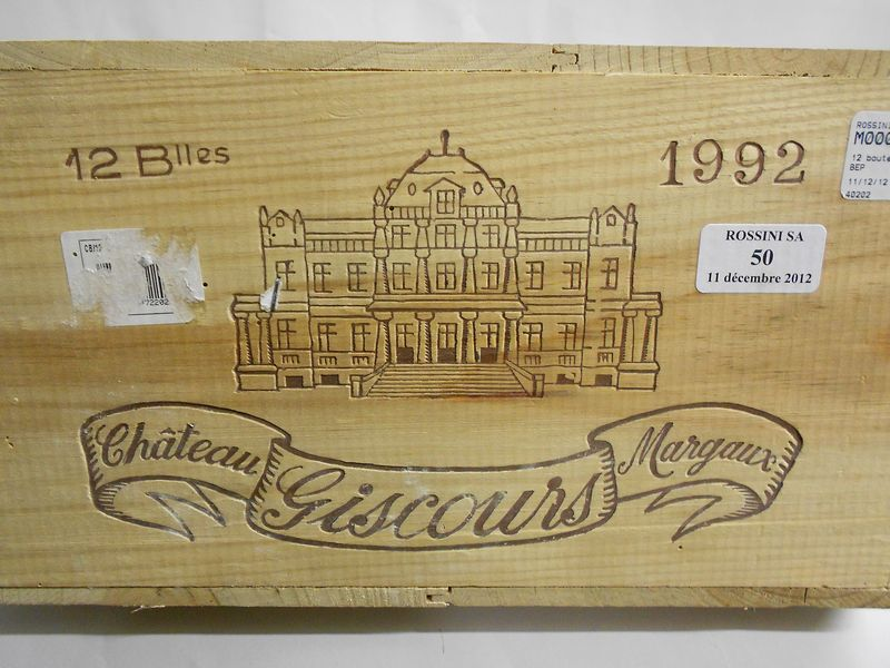 12 bouteilles CH. GISCOURS, 3° cru Margaux   1992   cb