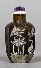 A Chinese cameo glass snuff bottle Decorated with cranes and bats and a pag