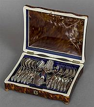 A 19th century tortoiseshell and ivory box Of hinged dome serpentine form h