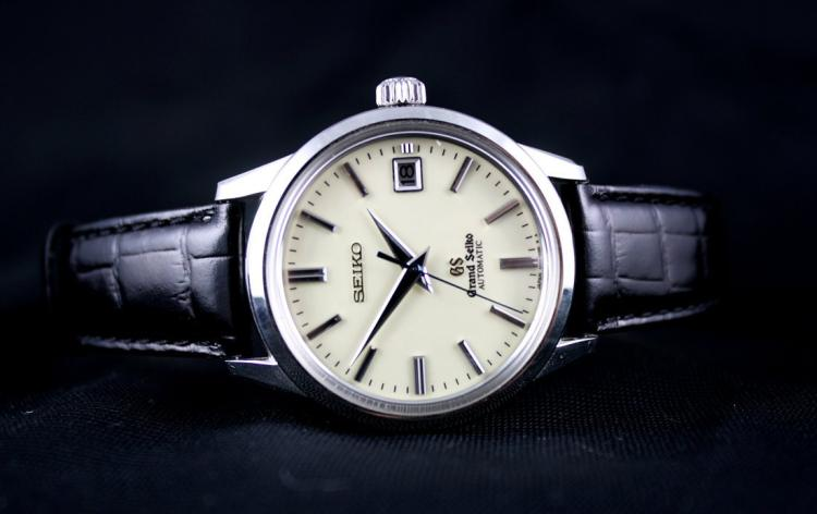 Grand SEIKO SBGR061 Men's Dress Watch 9S66