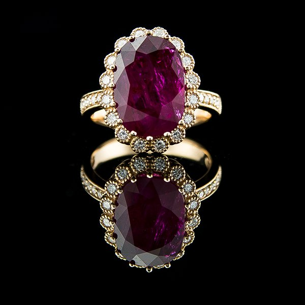 GSR CERTIFIED DIAMOND RUBY RING Edit