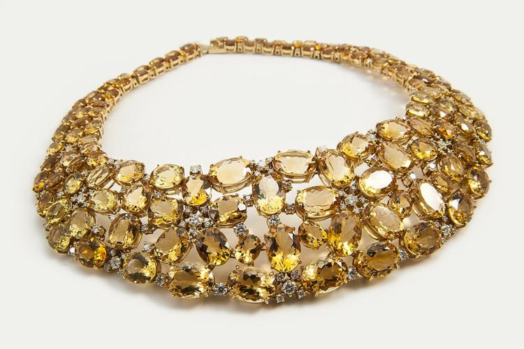 NECKLACE FEATURES 255CT OVAL CITRINE BERYL & ROUND DIAM Edit