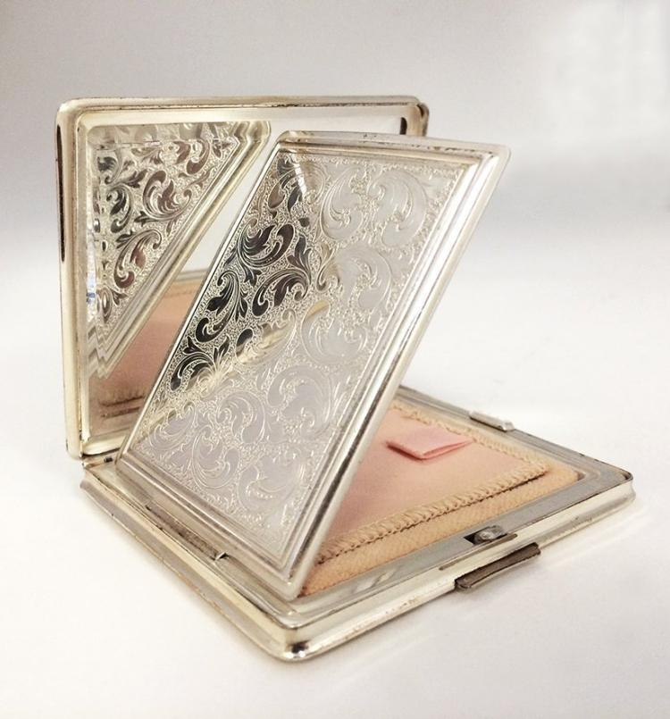 German 825 Silver Powder Box