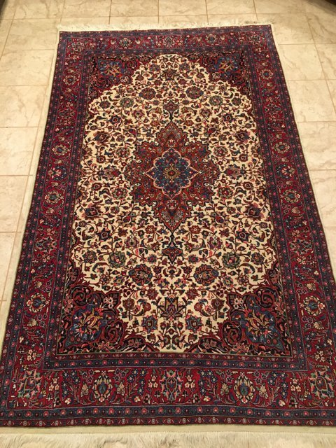 Large Authentic Rug from Sarouk 85x51