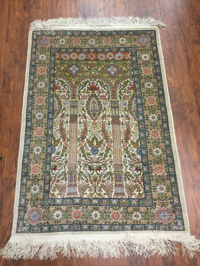 Very Fine Silk on Silk Rug Signed Hereke from Turkey