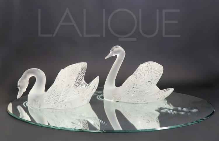 2 Large Lalique Crystal Swans on A Mirrored Plateau