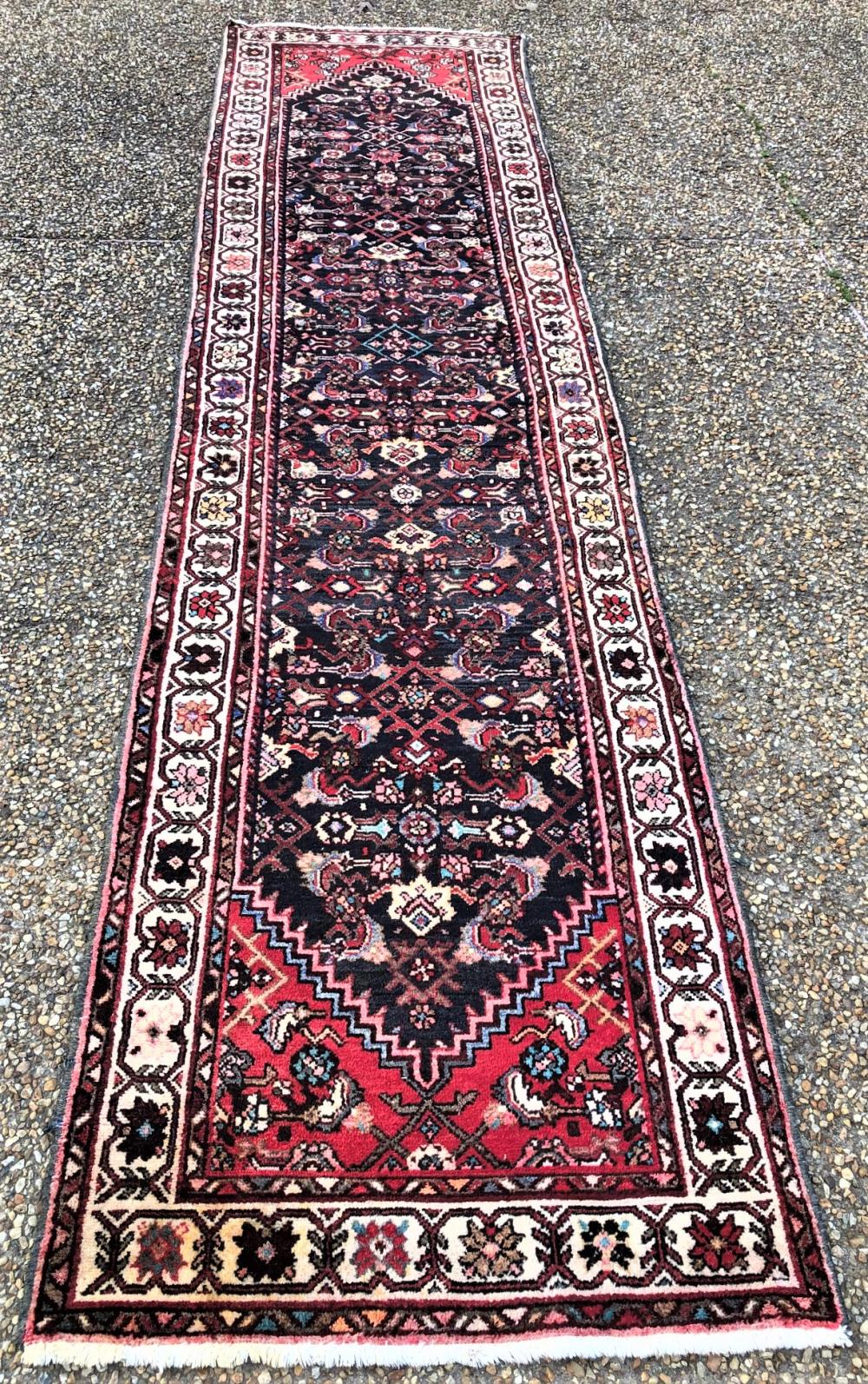 ANTIQUE PERSIAN HAMADAN HAND KNOTTED RUNNER - 3.3 x 12.10