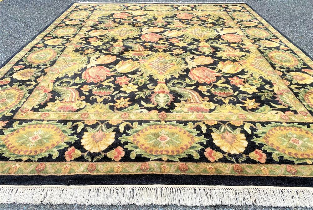 AGRA HAND KNOTTED RUG - 8.0 x 10.0