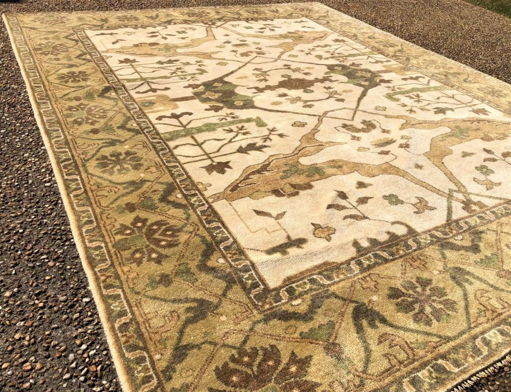 OUSHAK HAND KNOTTED WOOL RUG - 8.0 x 9.11