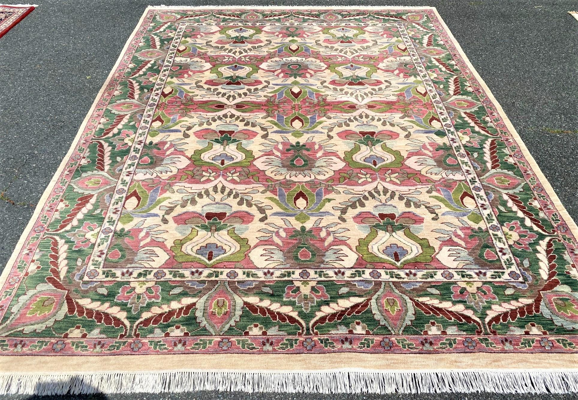 TABRIZ HAND KNOTTED RUG - 9.2 x 12.0