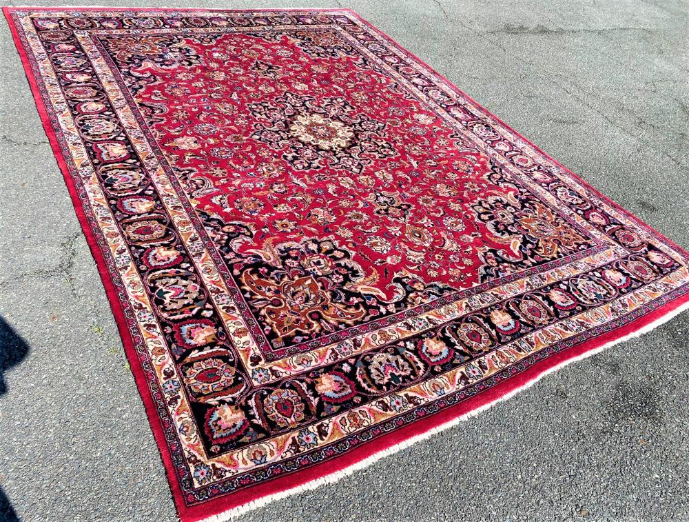 SIGNED PERSIAN ANTIQUE MASHAD HAND KNOTTED RUG - 9.10 x 12.9
