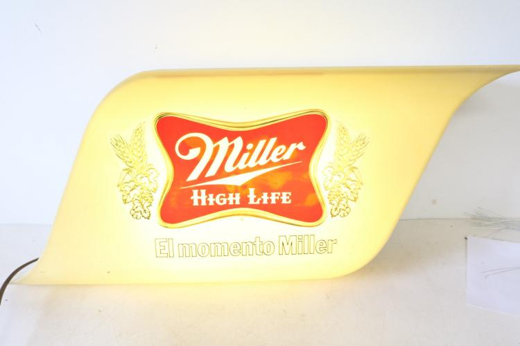 Miller Light up Electric Advertising Beer Sign