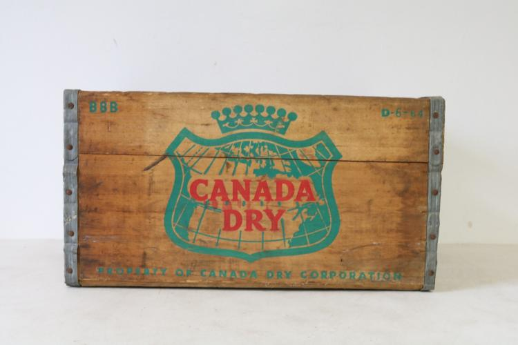 Vintage Canada Dry Gingerale Wooden Crate