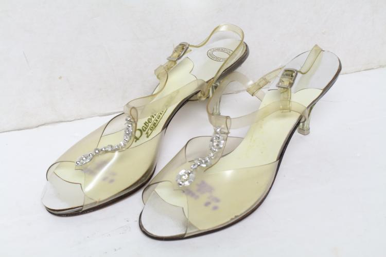 Vintage 1960s Clear Lucite Heels