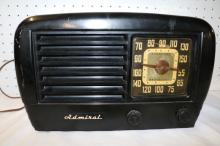 Vintage Admiral Table Top Radio
