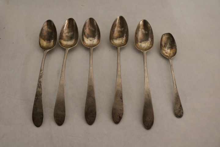 lot of 6 Coin Silver Spoons, 5 matching, marked NA